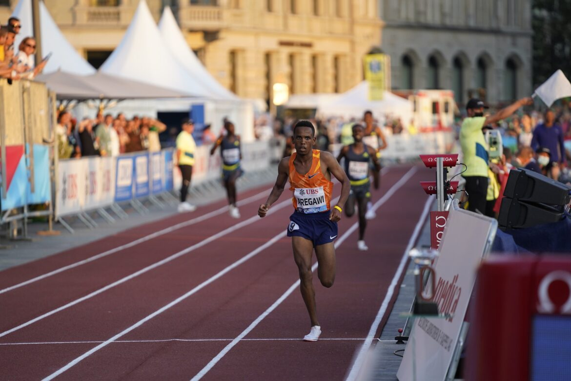 Jacob Krop finishes in third place as Berihu Aregawi lifts the 5000m title