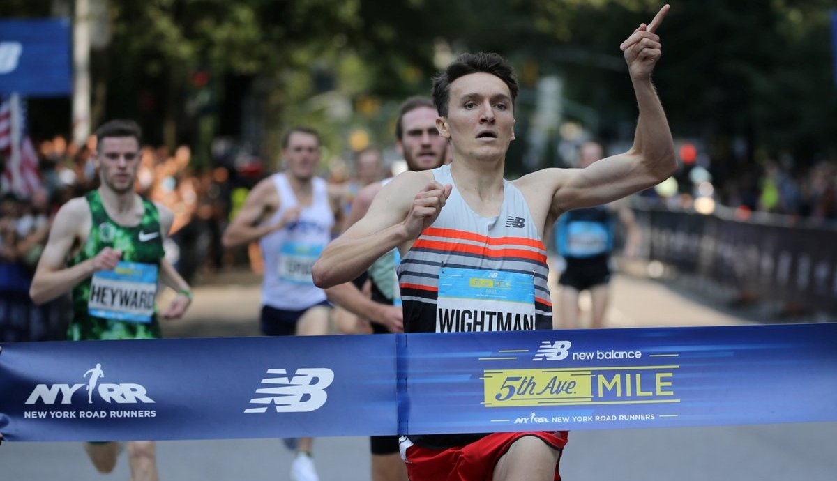 Jake Wightman runs away with 5th Avenue Mile title