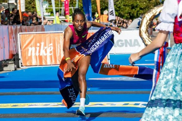 Tadese Ayantuová breaks the course record at Kosice Marathon