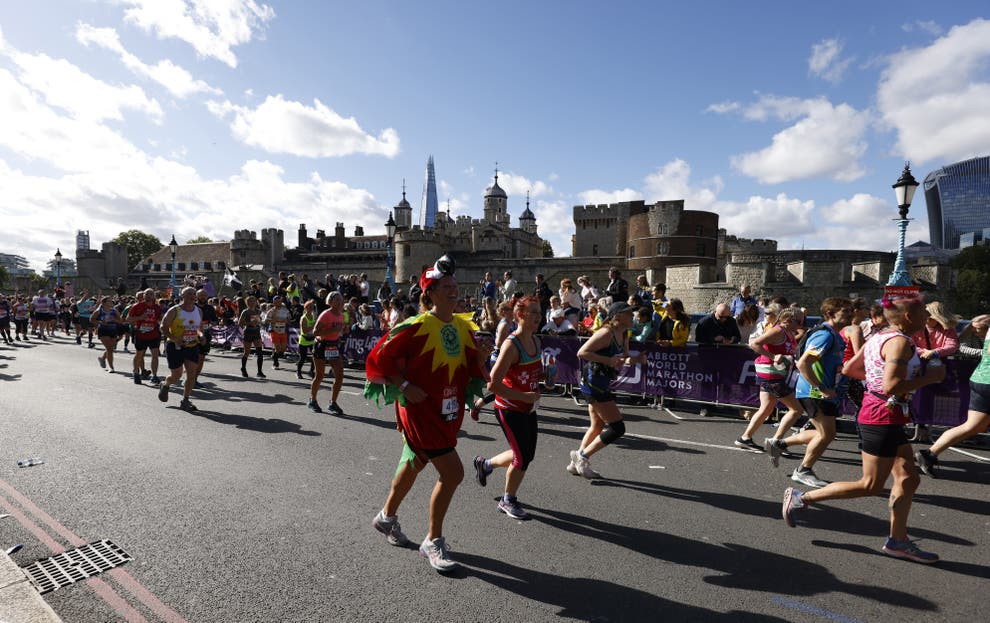 Married couple 'truly sorry' after 'cheating' at London Marathon